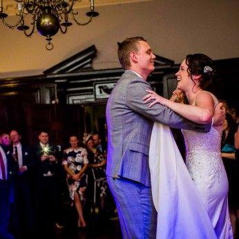 bride and groom first dance devon wedding photographers